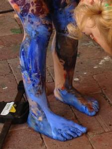 CleaningAfterArtSession-RainbowGirl08